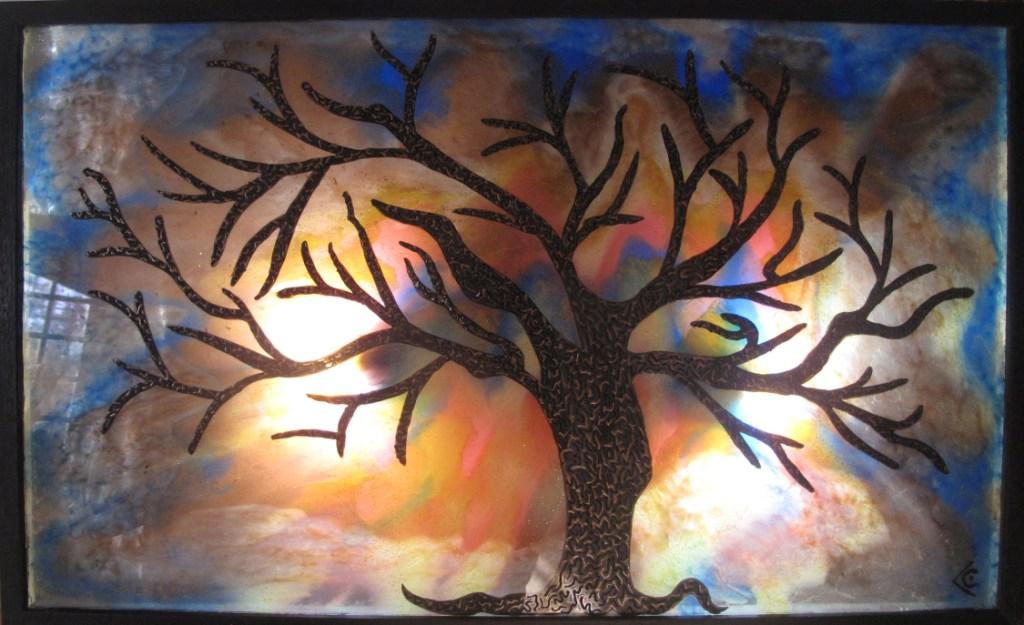 arbre sur verre allumé